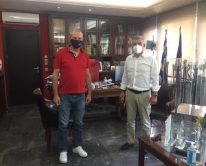 Συνάντηση του μεγαλομετόχου της ΚΑΕ Λάρισα, Θ. Ριζούλη με τον Περιφερειάρχη Κ. Αγοραστό